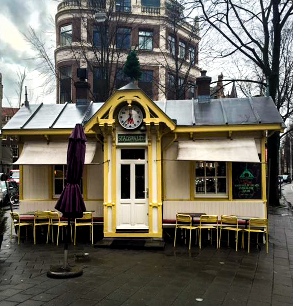 Het houten huisje: stadspaleis - Amsterdam